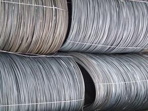 FT: Падение спроса на сталь тормозит экономический рост Украины