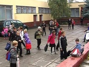 В Одессе отец семиклассника избил завуча и директора школы