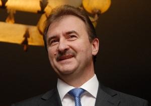 Попов подарил телевизор Украинскому культурному центру в Москве