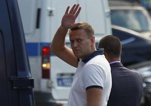 Reuters: Русский лес бросил тень на Навального