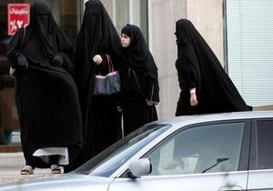 Саудовские женщины протестуют против запрета на вождение