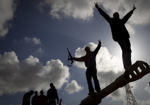 Правительство Каддафи предложило прекратить войну