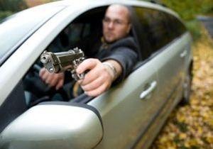 В Киеве конфликт двух водителей на дороге закончился стрельбой