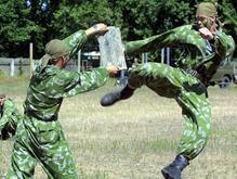 Тимошенко готовит систему мотиваций для военных-контрактников