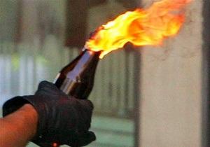В Харькове в приемную ПР бросили бутылку с зажигательной смесью