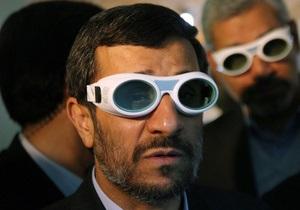 Ахмадинеджад пообещал дать  жесткий  ответ на новые санкции против Ирана