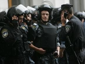 В Киеве на месте захвата Китаевского монастыря работают сотрудники правоохранительных органов