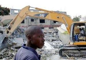 На Гаити число жертв землетрясения может достигнуть 300 тысяч человек