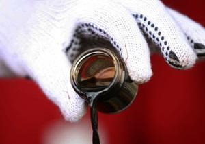 Цены на нефть Brent достигли рекордного уровня за два с половиной года из-за насилия в Ливии