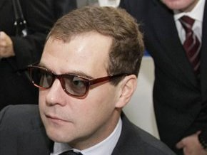 Медведев не исключил применения санкций в отношении Ирана