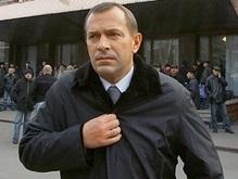 Клюев: Деньги нужно тратить на образование, а не на пропаганду НАТО