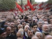 Грузинская оппозиция начала штурм здания ЦИК в Тбилиси