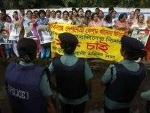 На демонстрации в Бангладеш пострадали 50 рабочих