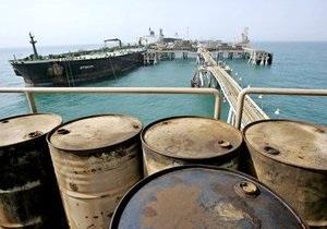Мировые цены на нефть упали почти на три доллара