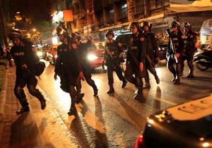 В 16 провинциях Таиланда ввели чрезвычайное положение
