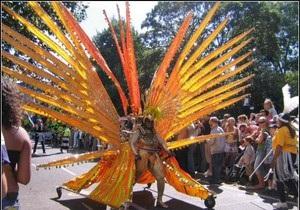 В Британии стартует крупнейший в Европе уличный карнавал