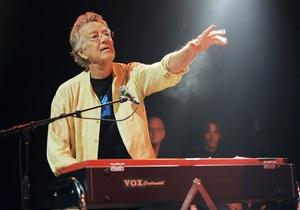 В Германии умер один из основателей The Doors Рэй Манзарек