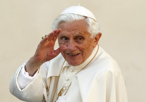Фотогалерея: Уходит в монастырь. Папа Бенедикт XVI отречется от престола