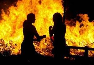 В Житомирской области 14-летняя девочка спасла троих детей во время пожара