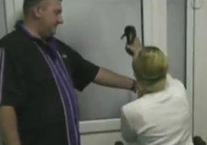 Харьковские врачи прокомментировали ношение Тимошенко каблуков