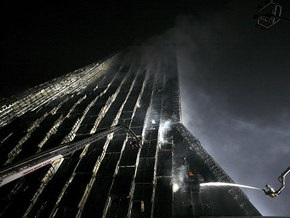 В Китае сгорел 50-этажный небоскреб