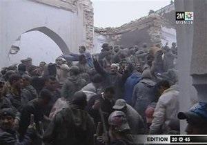 В переполненной мечети Марокко обрушился минарет: десятки погибших и раненых