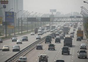 Жара в Украине: Укравтодор и ГАИ рекомендуют ограничить движение автотранспорта