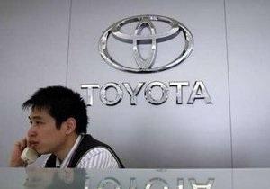 Toyota отзывает 50 тысяч внедорожников Sequoia в США