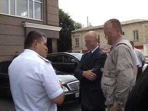 СМИ предполагают, что бютовцу Бородину угрожали пистолетом из машины брата Балоги
