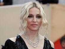 Мадонну оштрафовали за длинный концерт