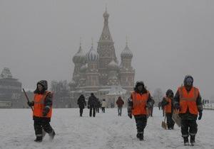 В Москве дворников оденут в новогодние костюмы