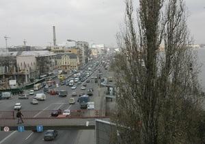 В столице возобновили движение по мосту с Подола на Оболонь