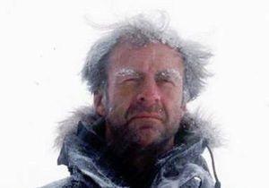 Британский путешественник Ранульф Файнс прервал поход через Антарктику из-за обморожения