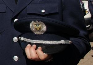В Донецке двух следователей милиции обвиняют в получении $25 тыс взятки