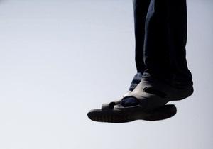В России 11-летний мальчик повесился из-за пьянства родителей