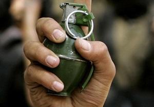 Россиянин бросил гранату в соседский двор. Четыре человека ранены
