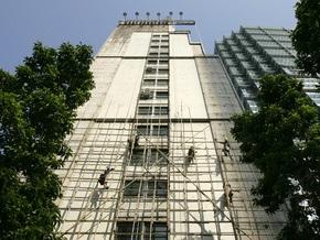 Китайский студент выжил после падения с 17-го этажа