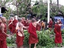 В Мьянме объявлен трехдневный траур по жертвам урагана Наргиз