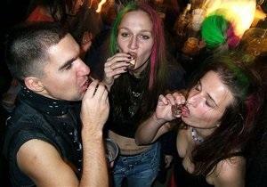 Шведские ученые выяснили, что употребление алкоголя в подростковом возрасте не вызывает зависимости в будущем