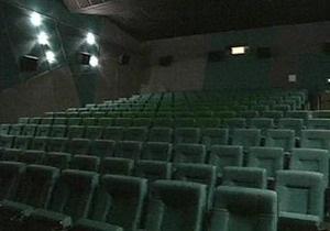 Москвичам в связи с жарой организуют бесплатные киносеансы