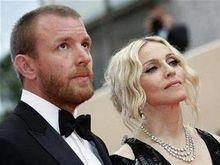 Мадонна опровергла слухи о новом романе и подготовке к разводу