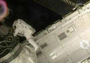 Утечка аммиака произошла во время выхода астронавтов с Endeavour в открытый космос