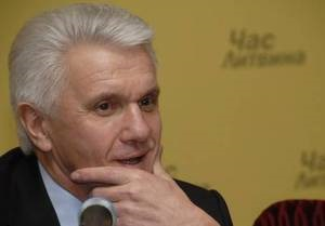 Литвин допускает увольнение Луценко