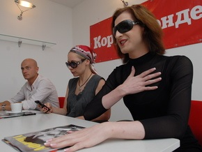 Фотогалерея: Яма, Фролова и Урсула в гостях у Корреспондент.net