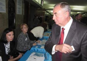 Протеже Табачника проиграл выборы ректора Донецкого национального университета
