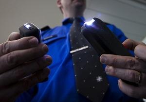В Украине ужесточили правила обращения с дубинками, баллончиками, электрошокерами