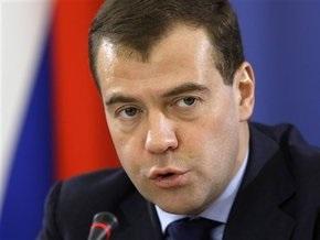 Медведев выступил за вхождение в ВТО без Таможенного союза