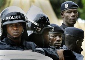 В Гвинее, требуя повышения зарплаты, бастует полиция