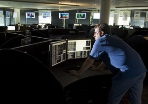 СМИ: Служба внешней разведки РФ разрабатывает методы управления соцсетями