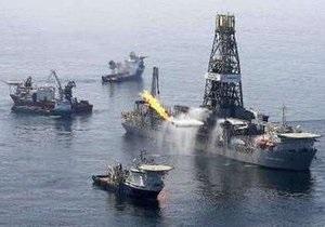 В нефтесборщик BP в Мексиканском заливе ударила молния